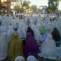Photo taken at MESJID SILATURAHMI by indiira t. on 8/18/2012