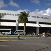 Photo taken at Aeroporto Internacional de Maceió / Zumbi dos Palmares (MCZ) by Fernanda C. on 2/19/2012