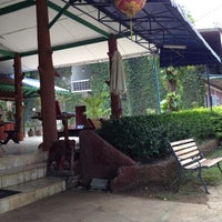Photo taken at Khao Yai Garden Lodge by ดนตรี จ. on 4/14/2012