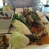 Photo taken at ส้มตำไฮโซ UMZAP by Gatto G. on 2/24/2012
