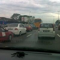 Photo taken at Exit 1404A/B/C Pandan Interchange by Hasliza on 3/9/2012