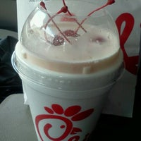 Photo taken at Chick-fil-A Winchester Road by ~Roni~ on 7/25/2012