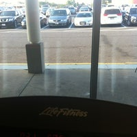 Photo taken at Fitness 19 by 💕Ɗℰℰήą💕 on 6/27/2012