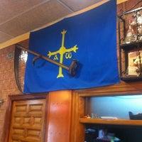Foto tomada en Casa de Asturias por Pepe G. el 3/17/2012
