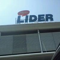 Foto tomada en Hiper Lider por Leonardo A. el 2/20/2012
