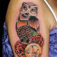 Photo taken at Calavera Tattoo Arte Estilo by Calavera T. on 5/22/2012