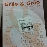 Foto tirada no(a) Restaurante Grão & Grão por Mariana em 8/24/2012