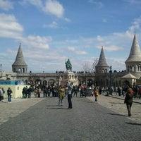 Foto tirada no(a) Castelo de Buda por Weisz L. em 4/8/2012