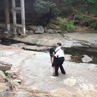 Das Foto wurde bei Atlanta BeltLine Trailhead @ Bobby Jones Golf Course von Thomas K. am 4/21/2012 aufgenommen