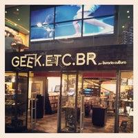 Photo taken at Geek.Etc.Br by Felipe F. on 7/22/2012