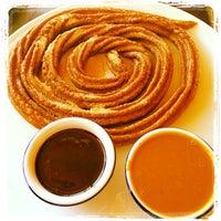 Photo taken at Totopos Gastronomia Mexicana by Mateus C. on 8/4/2012