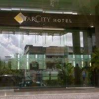 Photo taken at StarCity Hotel by Ruby E. on 8/24/2012