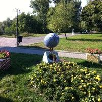 Снимок сделан в Русанівський парк пользователем Екатерина Г. 8/19/2012