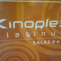 Photo taken at Kinoplex by Vinicius N. on 3/24/2012