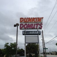 Photo taken at Dunkin' Donuts by Ryan E. on 6/20/2012