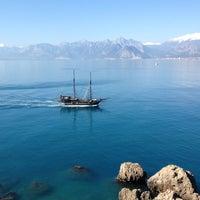 3/18/2012 tarihinde Osman K.ziyaretçi tarafından Castle Cafe & Bistro'de çekilen fotoğraf