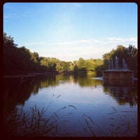 Photo taken at Parc La Fontaine by Erin P. on 7/29/2012
