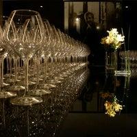 Photo taken at Restaurante Arola Vintetres by Roberta C. on 3/13/2012