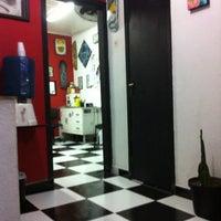 Foto tirada no(a) Estudio Royal Tattoo por Bruno F. em 7/26/2012