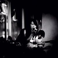 Photo prise au ジャズ&ライブバー ソフトウインド (softwind) par Shingo M. le3/9/2012