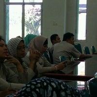 Photo taken at Gedung Serba Guna KanReg VI BKN by Sammy'S LED🔈® Project📡 on 6/13/2012