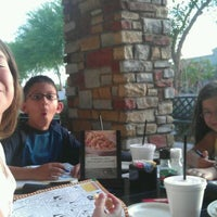 Photo taken at Carrabba's Italian Grill by Leslie T. on 5/3/2012
