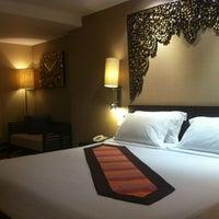 Photo taken at Garden Cliff Resort & Spa by Pun~Pun on 2/24/2012
