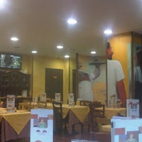 Photo taken at Pastarito Pizzarito by Samuele C. on 7/10/2012
