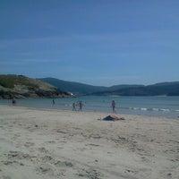 Foto tomada en Praia de Valarés por Laura G. el 7/21/2012