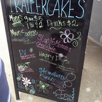 Photo taken at Trailercakes by Curtis G. on 5/12/2012