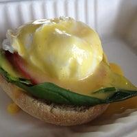 6/2/2012 tarihinde eric i.ziyaretçi tarafından The Egg Carton'de çekilen fotoğraf