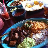Foto tomada en Doña Maria Tamales Mexican Restaurant por Alex A. el 4/23/2012