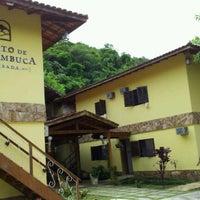 Photo taken at Pousada Canto De Itamambuca by Rafael E. on 3/16/2012
