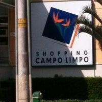 Foto tirada no(a) Shopping Campo Limpo por Anderson M. em 8/9/2012