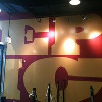Foto scattata a Epic Burger da Jake S. il 9/6/2012
