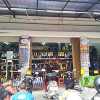 Photo taken at Planet Ban by Reysi W. on 8/16/2012