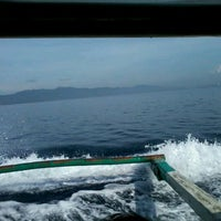 Photo taken at Somewhere In The Middle Of The Sea by Chogie on 4/28/2012