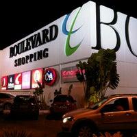 Foto tirada no(a) Boulevard Shopping por Prince S. em 7/13/2012