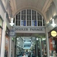 Das Foto wurde bei Mädler-Passage von Kast am 8/12/2012 aufgenommen