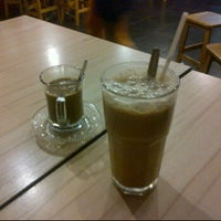 Photo taken at Kopitiam MAO by Vinny C. on 2/3/2012