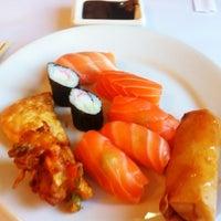 Foto tirada no(a) Sukiyaki por Marcos P. em 8/17/2012