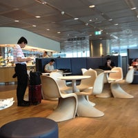 Foto tirada no(a) Lufthansa Business Lounge / Tower Lounge (Non Schengen) por Thanyaphong N. em 6/17/2012