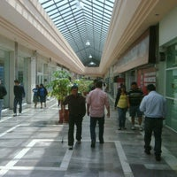 Photo taken at Plaza Cantil by Cesar R. on 7/3/2012