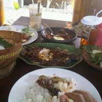 Photo taken at Rumah Makan Carita by wahyudin on 2/5/2012