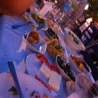 5/29/2012 tarihinde Gamze Gezer🕊ziyaretçi tarafından Gemibaşı Restaurant'de çekilen fotoğraf