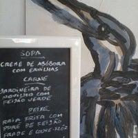 Foto tirada no(a) Sommer Restaurante por Ana P. em 7/6/2012