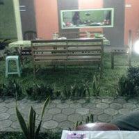 Photo taken at Rumah Makan Pondok Kalasan by Zaky D. on 7/27/2012