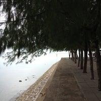 Photo taken at Don Hoi Lot by Inoti W. on 9/4/2012