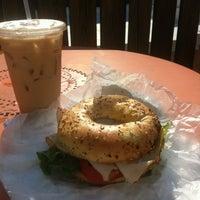 8/12/2012 tarihinde Phillyismziyaretçi tarafından Last Drop Coffee House'de çekilen fotoğraf