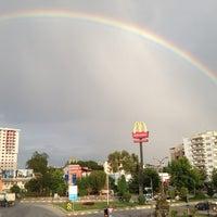 6/25/2012 tarihinde Psk. Bhdr Kprlziyaretçi tarafından McDonald's'de çekilen fotoğraf
